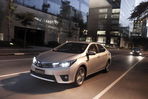 Toyota Corolla Altis 2015