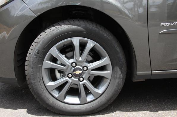 Chevrolet Prisma Advantage  2014