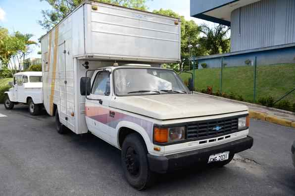 65 carros que pertenciam à frota da Polícia Federal vão a leilão no dia 26 de novembro, no Prado