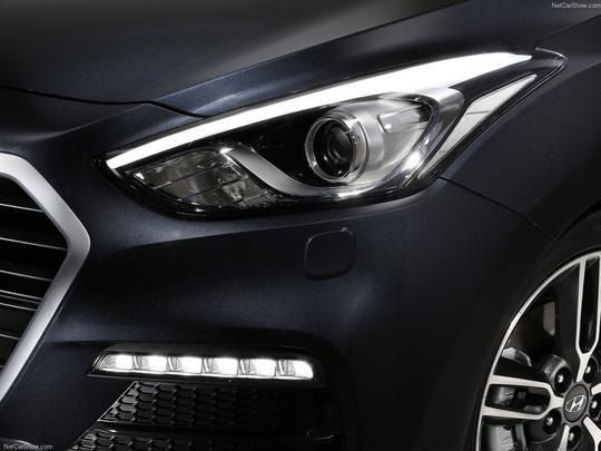 Hyundai i30 Turbo (2015) - Europa