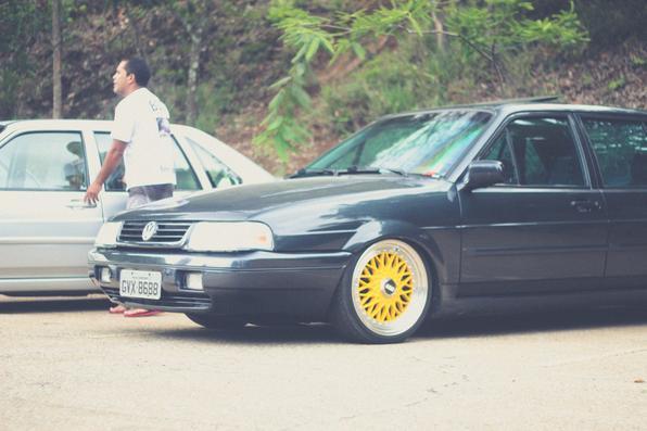 Foram cerca de 200 carros de diversos anos e estilos