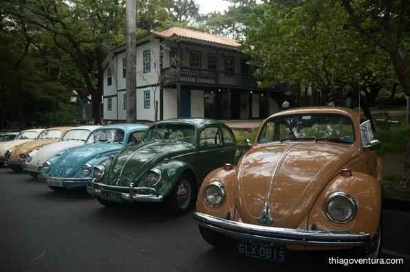 Dezenas de veículos foram exibidos no bairro Cidade Jardim, Região Sul de BH