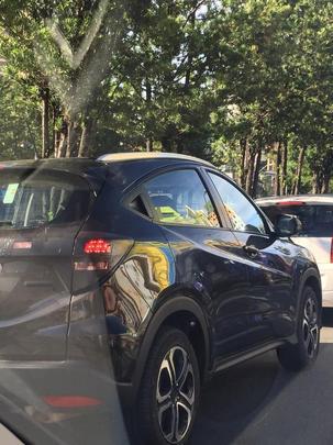 Honda HR-V flagrado em testes