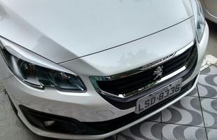 Hatch francês recebeu reestilização inspirada no modelo europeu. Novas rodas, lanternas traseiras de LED e câmbio automático agora é de seis velocidades