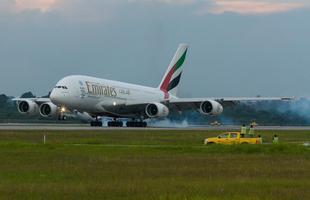 Airbus A380 da Emirates no Aeroporto Internacional de São Paulo (GRU)