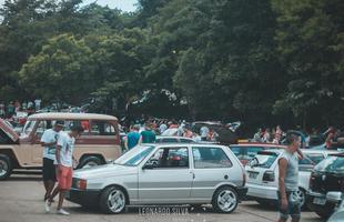Veículos preparados, hot-rods, carros antigos e modelos originais se reuniram no Parque das Mangabeiras para arrecadar brinquedos para crianças de baixa renda em Belo Horizonte