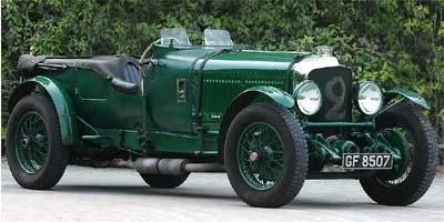 Carroceria desenhada por Vanden Pas, interior revestido em couro verde e  motor de seis cilindros e turbinado caracterizam o Bentley Speed Six de 1931 - Divulgação / Bentley