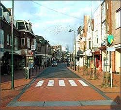 Em Haren, na Holanda, projeto deu certo - Reprodução da Internet - www.shared-space.org