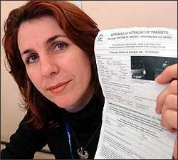 Patrícia Zarzar foi autuada por excesso de velocidade às 2h34, em novembro de 2004, quando era seguida por outro carro - Cristina Horta/EM - 30/8/06