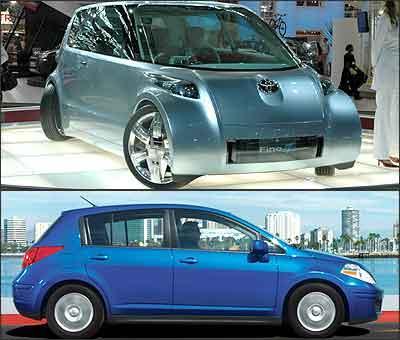 Conceito Toyota Finte-T é atração da Toyota (superior). Já o hatch Nissan Tiida pode ser vendido por aqui - Nissan/Divulgação (azul)