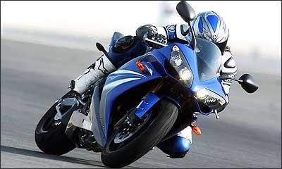 Visual continua agressivo e a frente mais bicuda - Fotos: Yamaha/Divulgação - 18/10/06