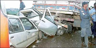 V�timas de acidentes de tr�nsito, seja motorista, passageiro ou pedestre, t�m direito ao Dpvat e n�o precisam de intermedi�rios - Let�cia Abras - 8/1/04