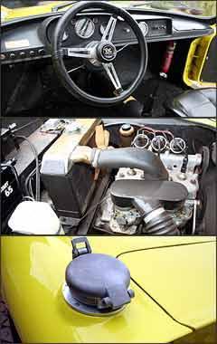 Painel simples, sem velocímetro, mas com instrumentos necessários. Motor é um três cilindros de 1.000 cm³, que desenvolve 100 cv de potência; na traseira se destaca a tampa de abastecimento rápido do tanque de combustível -