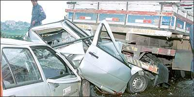 Das ocorrências em rodovias federais, 35% envolvem caminhões - Letícia Abras/EM - 8/1/04