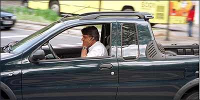 Quando o erro é aparente, agente pode lavrar o auto sem avisar condutor - Euler Júnior/EM - 24/5/04