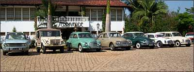 Diferentes modelos da DKW foram expostos na quinta edição do Blue Cloud, ponto de encontro dos amantes da marca - Fotos: Ayrton Amaral/Divulgação