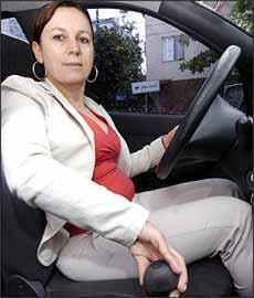 Eleni Aparecida questionou falta de solução para componentes de Siena 2003 -