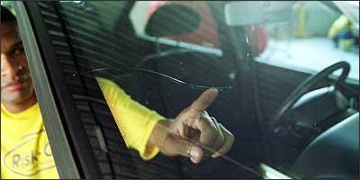Quando a rachadura é muito grande, solução é trocar o vidro - Juarez Rodrigues/EM - 16/6/05
