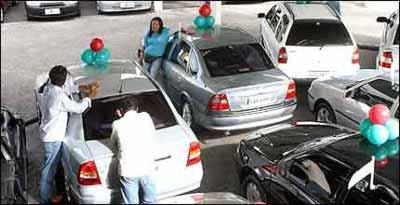 Obrigação das revendas vai além de se responsabilizar por motor e caixa de câmbio - Auremar de Castro/EM/D.A Press - 27/11/06