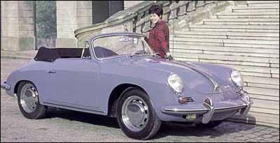Modelo 356 C Cabrio, de 1964, manteve as formas arredondadas, característica da marca - Fotos: Porsche/Divulgação