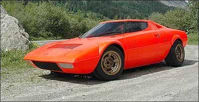 Lancia Stratos HF, protótipo feito por Bertone e apresentado no Salão de Turim, de 1971 -
