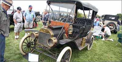 Automóveis mais antigos também foram atração -