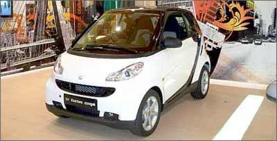 Simpático Smart Fortwo começará a ser vendido no Brasil no primeiro trimestre de 2009 -