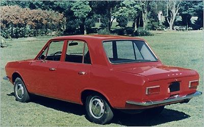 A primeira geração do Ford Corcel, de 1968, tinha carroceria quatro portas - Arquivo/EM/DA PRESS