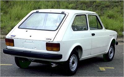 Hatch fabricado em Betim foi o primeiro modelo de produção nacional equipado com motor transversal de 1.050cm³ -