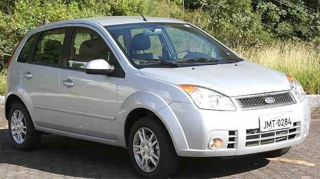 Desde janeiro, Ford conserta defeito na trava de segurança das portas do Fiesta (Marlos Ney Vidal/EM/D.A PRESS)