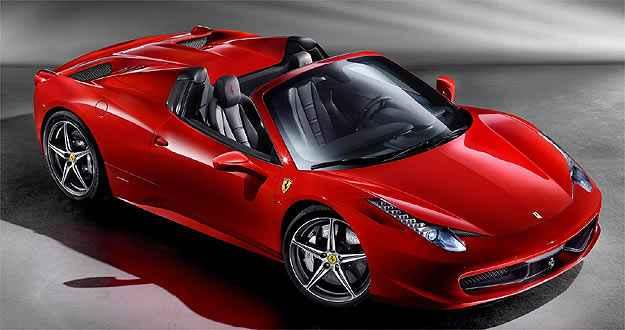 Capota de alumínio é recolhida em 14 segundos (Ferrari/Divulgação)