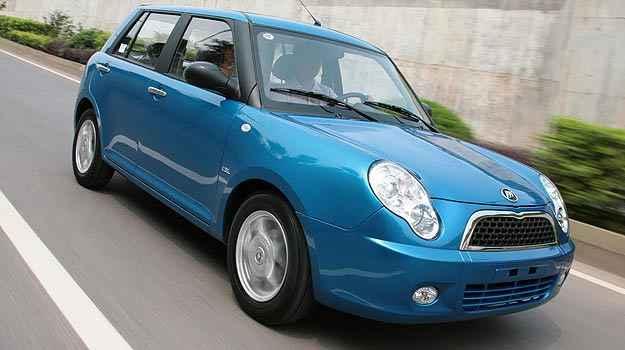 Dono de Lifan 320 reclama de cheiro de combust�vel dentro do carro