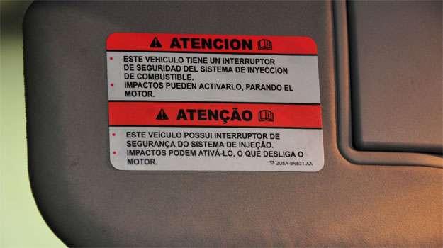 Se o carro cai em buraco ou esbarra em obst�culo pode haver corte de combust�vel - Marcos Vieira/EM