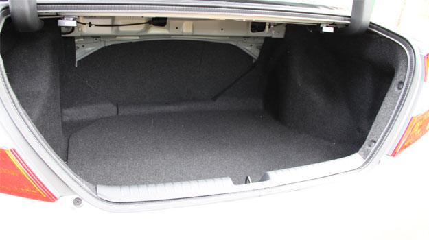 A capacidade do compartimento de carga aumentou para 449 litros (Marlos Ney Vidal/EM/D.A Press)