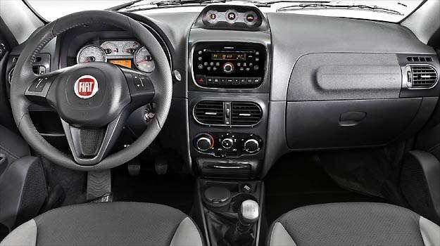 Painel da Strada 2013 foi atualizado. Destaque para o volante - Fiat/Divulga��o