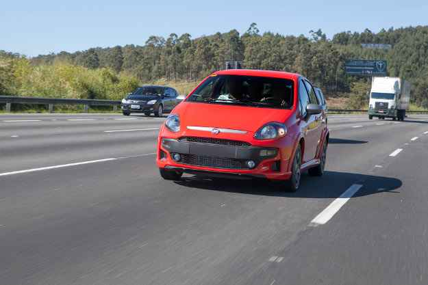 Veja como ficar� o novo Fiat Punto ap�s 'reforma' no visual
