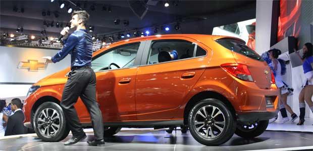 Compacto Chevrolet Ônix roubou a cena no Salão do Automóvel de São Paulo - Marcello Oliveira/EM/D.A PRESS