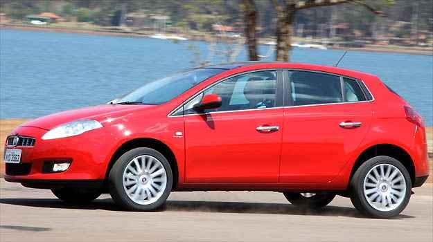 Linha 2013 do hatch m�dio da Fiat recebe melhorias no c�mbio automatizado, mas ainda apresenta inc�modos ao motorista (Fotos: Marlos Ney Vidal/EM/D.A PRESS)