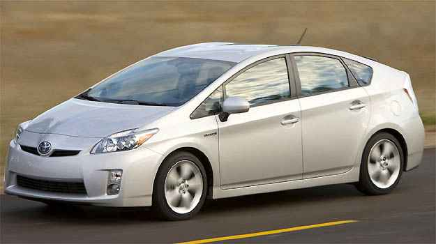 Toyota Prius e Chevrolet Volt foram analisados para finalizao da pesquisa e constatar a reduo da poluio (Toyota/Divulgao)