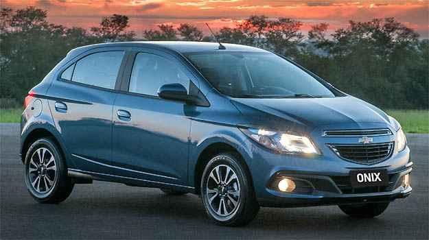 Chevrolet Onix e Prisma ganham c�mbio autom�tico de seis velocidades