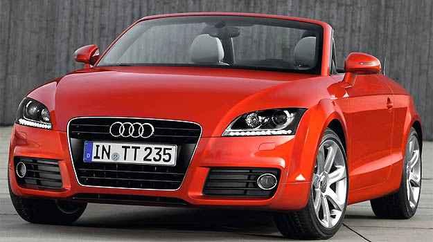 Bel�ssimo Audi TT sem capota � equipado com motor 2.0 turbo (Audi/Divulga��o)