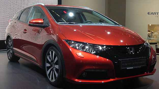 Honda Civic Tourer - A in�dita perua do Civic poder� ser adquirido j� no come�o do ano que vem na Europa (Marcus Celestino/EM/D.A Press)