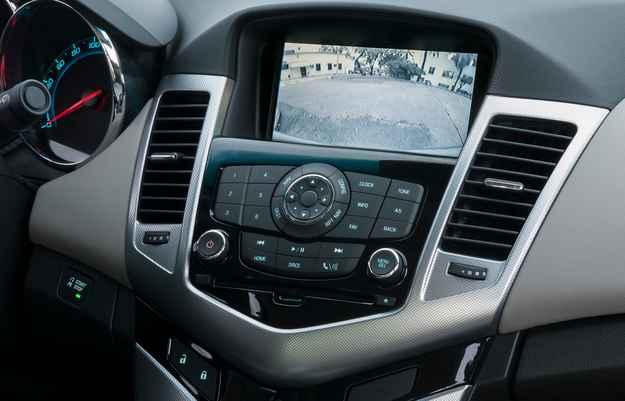 Com o dispositivo, o condutor pode receber informa��es do autom�vel, acessar o GPS e ouvir m�sicas - Chevrolet/divulga��o