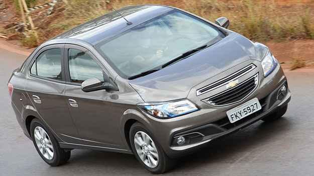 Chevrolet convoca recall para consertar bancos de Onix e Prisma