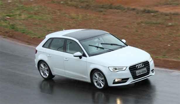 Audi A3 Sportback 1.8 - Est� mais para uma perua