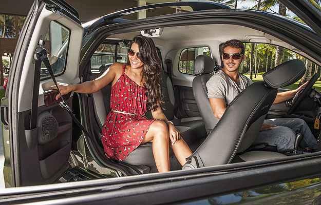 Terceira porta melhora acesso ao banco traseiro (Fiat/Divulga��o)