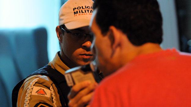 Se constar no Boletim de Ocorrência que condutor estava embriagado, pagamento do seguro é negado (Marcos Vieira/EM/D.A Press)