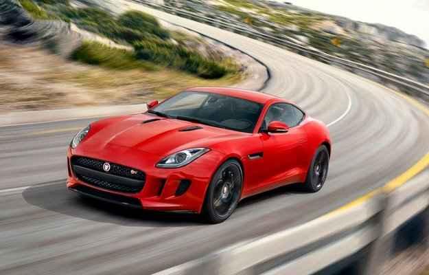 Jaguar apresenta o novo F-Type Coup�
