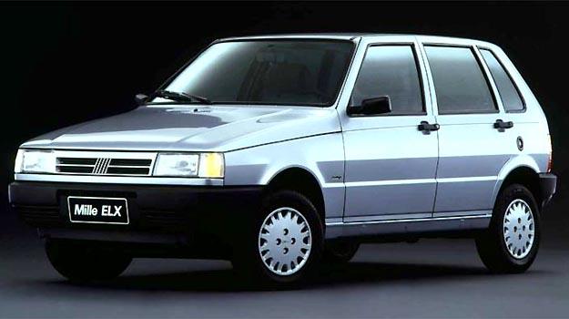 Mille ELX era um popular de 'luxo', que tinha o ar condicionado como apelo de vendas - Fiat/Divulga��o
