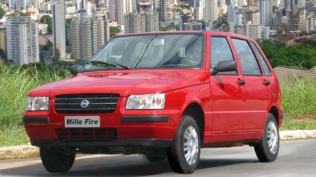Em 2004, Mille ganha um grande facelift e sobrevida - Fiat/Divulga��o